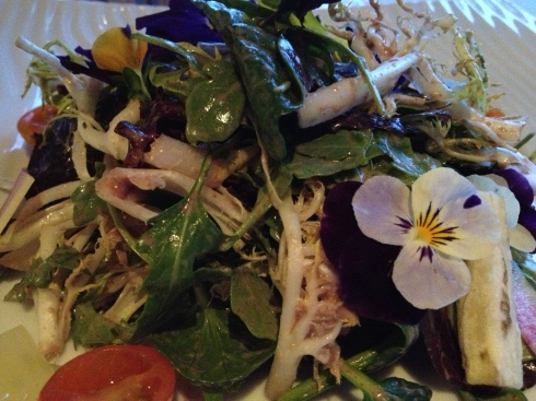 Spring Salad Edible Flowers